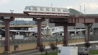 Monorail at Newark Airport