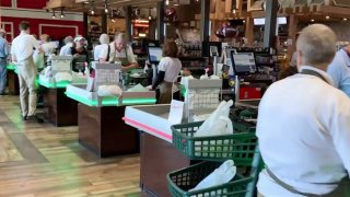 Oakes Farms Seed to Table grocery store in Naples, Florida.