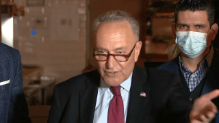 Senate Majority Leader Chuck Schumer appeared at a Manhattan seafood eatery on Sunday to urge restaurateurs to apply for the soon-to-launch $28.6 billion federal restaurant relief program.