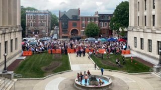 Rally outside NJ statehouse
