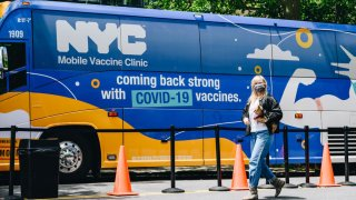 nyc mobile vaccine bus