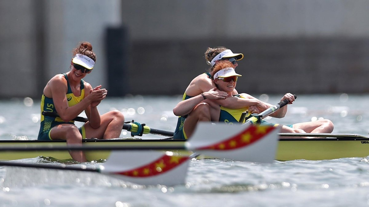 2 World-Record, 4 Other Olympic-Best Finals: Day 6 Rowing Roundup