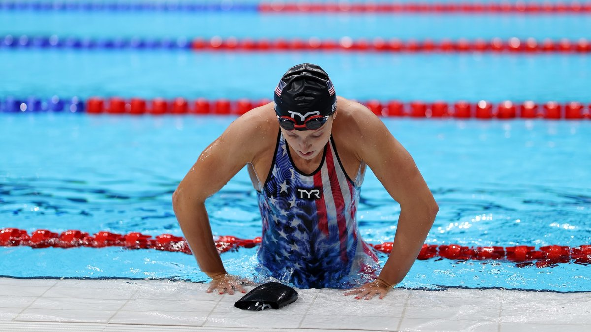 Katie Ledecky Demolishes Field to Win First Olympic Women's 1500 Gold Medal