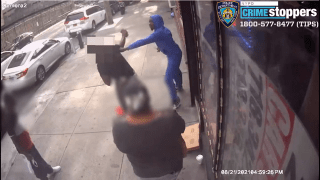 Video image shows a violent stabbing on a sidewalk in Brooklyn.
