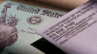 stimulus checks issued by the IRS