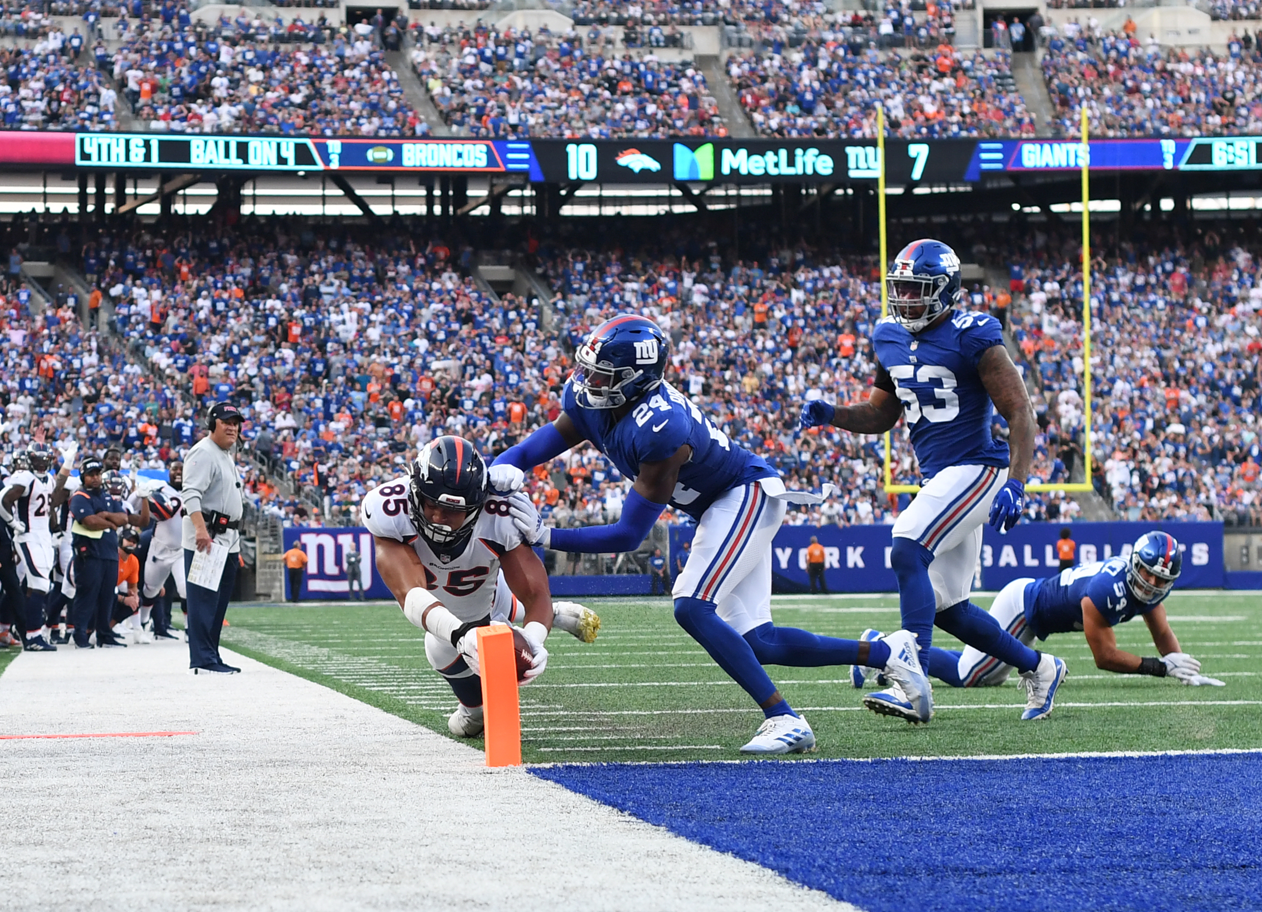 Giants Vaunted D Falters, Fails to Get Off Field Vs. Broncos