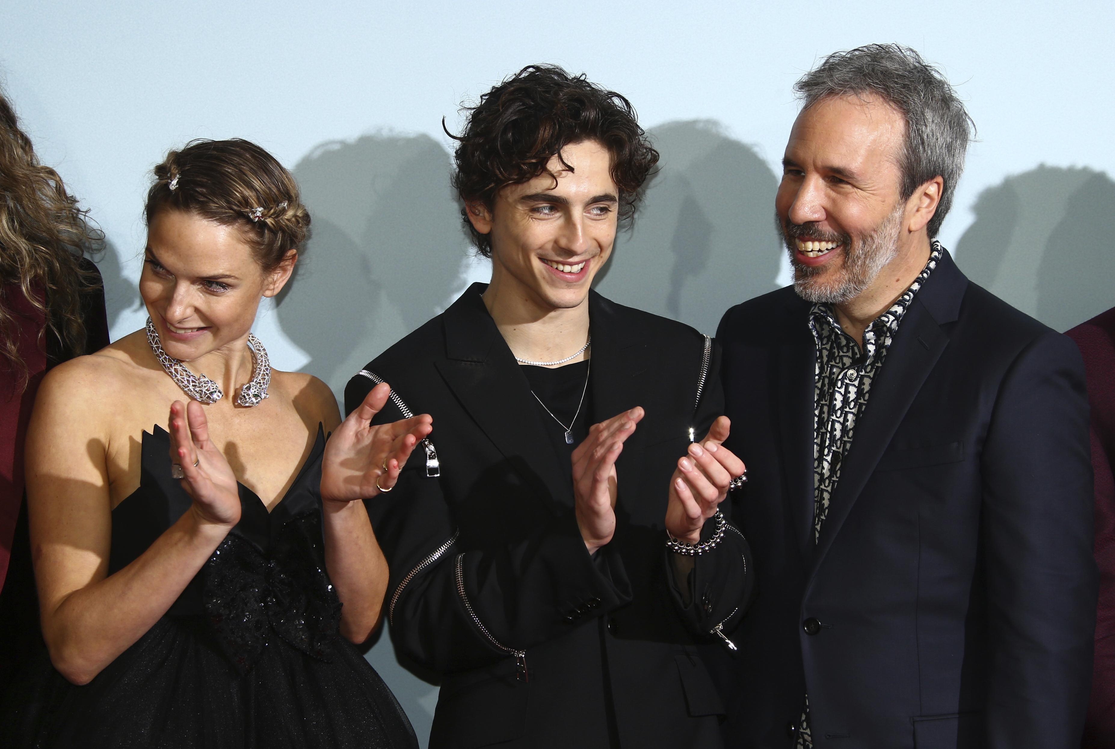 Despite Hybrid Release, 'Dune' Draws Well on the Big Screen – NBC New York