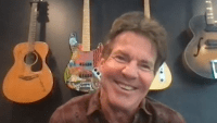 In Good Company: Catching Up With Dennis Quaid