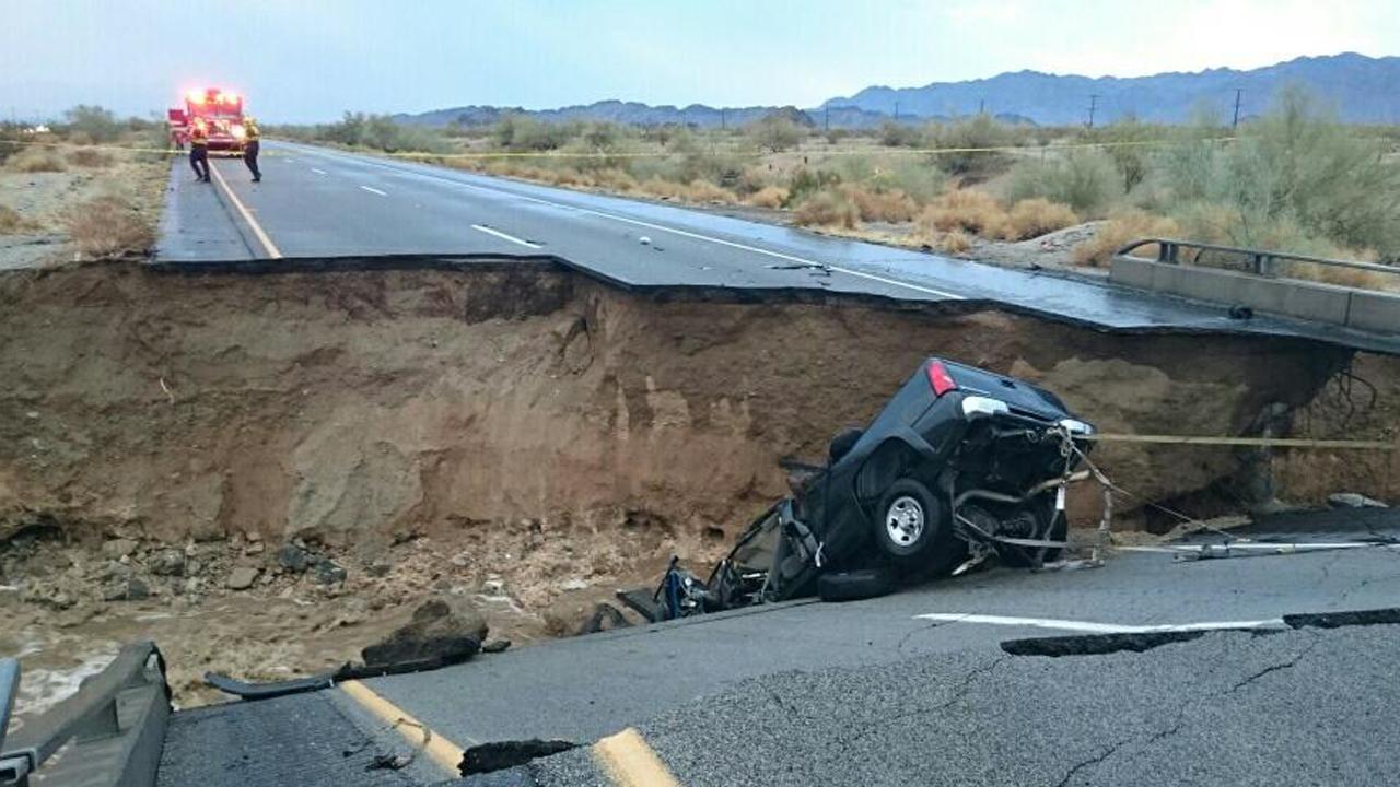 Flooding, Bridge Collapse Shut Down 10 Freeway East of