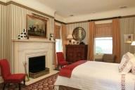 bedroom-red
