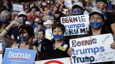 Sanders, Warren to Address Divided Dem Convention