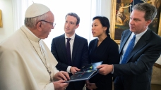 Pope Francis Chats With Mark Zuckerberg in Vatican