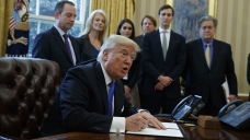 Trump Signs Orders on Dakota Access, Keystone Pipelines