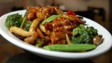 Inventor of General Tso's Chicken Dies at 98