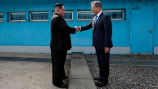 US Delegation Holds Talks With North Korean Officials in DMZ