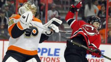 Wood Scores Twice to Help Devils Beat Struggling Flyers 4-1