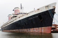 Ship Larger Than Titanic Could Sail Again