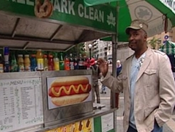 David Alan Grier Wants to Sell Hot Dogs