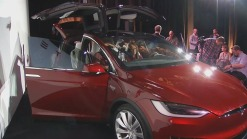Tesla Unveils Model X, All-Electric SUV