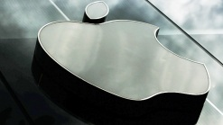 Apple Opens Cash Vault to Shareholders