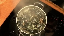 Fairway's Steamed Mussels in White Wine Sauce