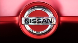 Nissan Recalling 215,000 Cars, Warns to Park Them Outdoors