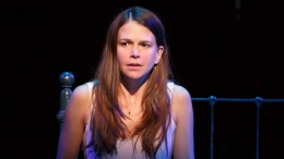 "Review: ""Violet"" is Sutton Foster's Gutsiest Role Yet"