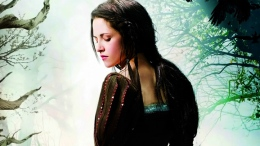 "Kristen Stewart Finds Her Strength in ""Snow White & the Huntsman"""
