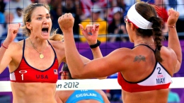 PHOTOS: Misty May, Kerri Walsh Dominate Beach