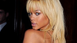 "Rihanna: Brooklyn Decker Is Stunning in ""Battleship"""