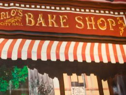 "Baker on ""Cake Boss"" Dies at 63"