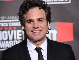 "Mark Ruffalo To Be a ""Lean and Mean"" Hulk in ""The Avengers"""