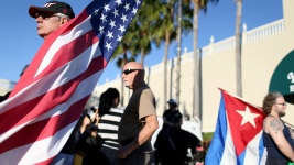 Bill Calls for End to Travel Ban to Cuba