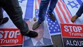 Raging Palestinians Protest Trump's Decision on Jerusalem