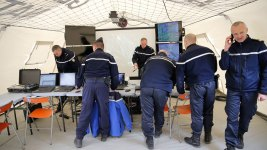 Europe Regulators to Recommend 2 Crew in Cockpit