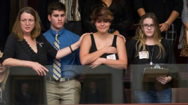 Fla. House Motion to Ban Rifles Fails; Senate Proposes Officers in Schools