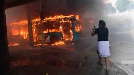 Chile Protests Continue Despite Gov't Retreat on Fare Hike