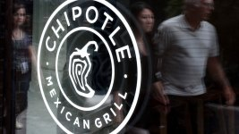 Chipotle Offers 'Raincheck' Burrito Over Lunch Shutdown