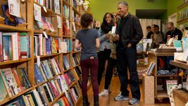 Obama Shops at Washington Bookstore