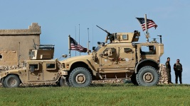 White House Says US Will Keep 200 Troops in Syria