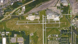 Mich. Airport Officer Attacked in Possible Terror Incident