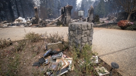 Camp Fire Survivors Say Warnings Were Too Little, Too Late