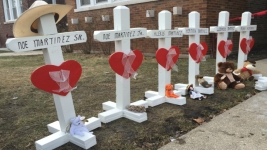 6 Family Members Found Dead in Chicago Home ID'd