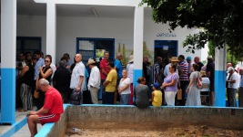 Tunisia Seeks New Leader to Boost Economy, Fight Terror