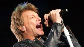 "Bon Jovi to Bieber: Don't Be an ""*&$#"" to Your Fans"