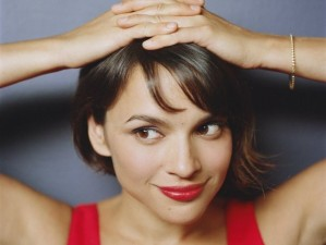 Norah Jones' Broken Hearts Club