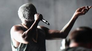 Latest Celeb Pics: Kanye's Masked Performance