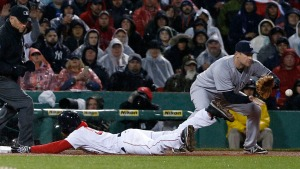 Red Sox Beat Yankees 8-7