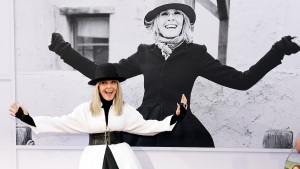 Diane Keaton's Lost Wallet Found in NY 50 Years Later