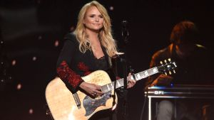 Country Star Miranda Lambert Reveals Secret Marriage